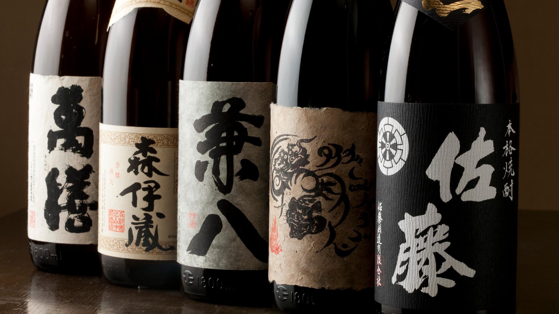 本格焼酎は100種超、森伊蔵・魔王・村尾など、 プレミアム焼酎も多数ご用意いたしております。